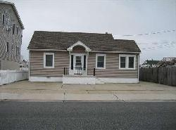 North Wildwood Real Estate Sale at 114 East Chestnut Avenue by Island Realty Group